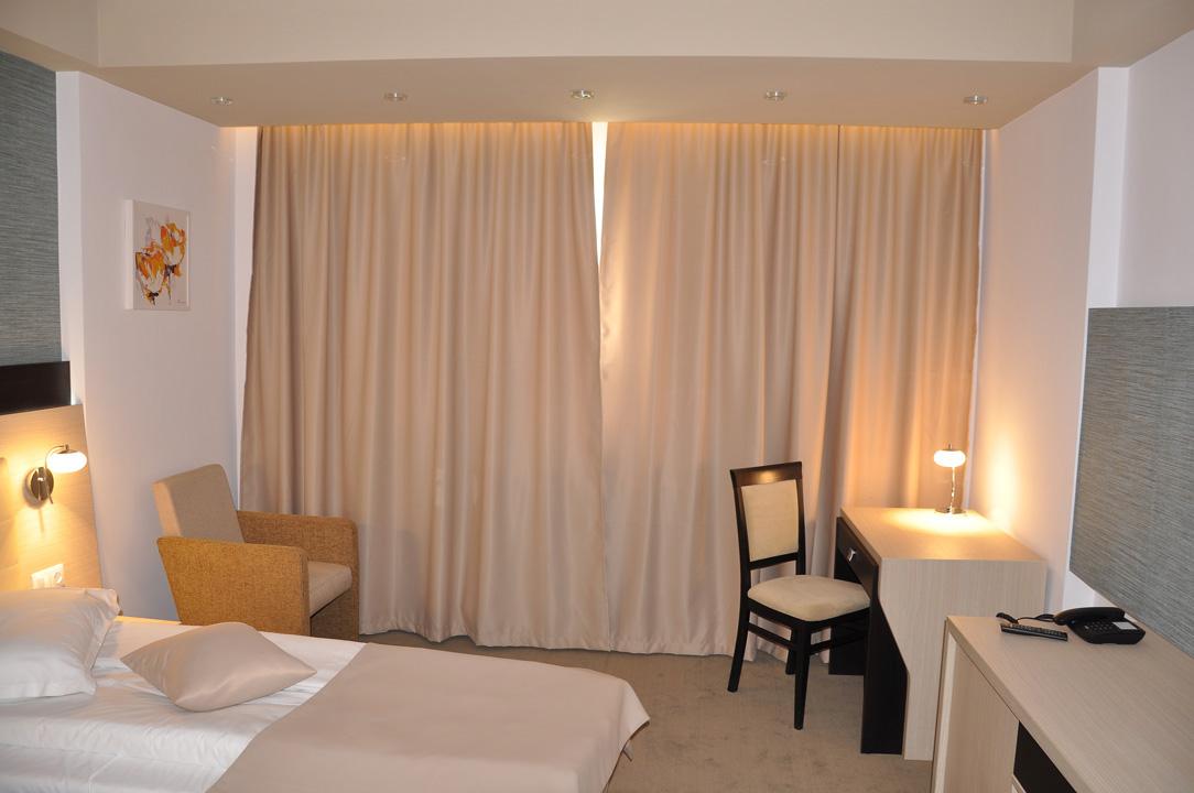 Modern Confortabil Nova Hotel 3 3 Deluxe