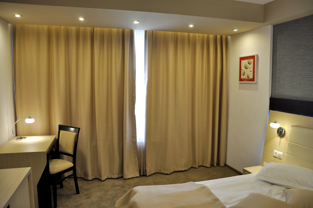 Modern Confortabil Nova Hotel 5 3 Deluxe